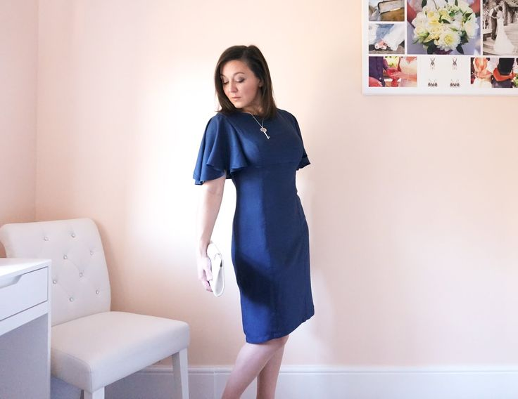 Minerva Crafts Blogger Network - Simplicity 8292 in Atelier Brunette Crepe
