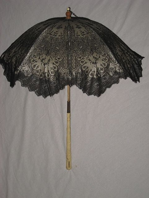 Antique Black Chantilly Lace Mourning Parasol w/Carved Bone Handle
