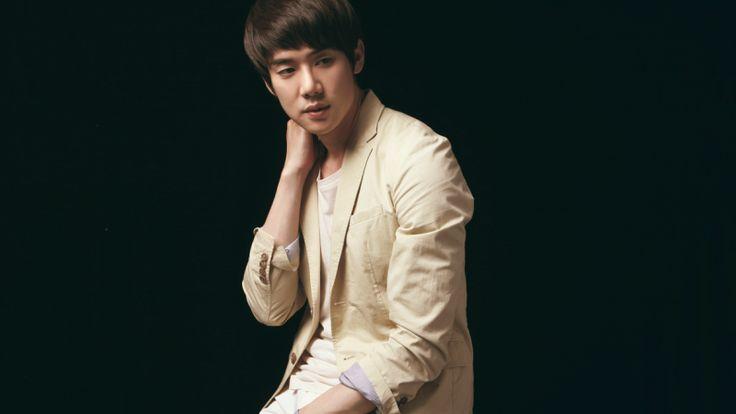 Yoo Yeon Suk Thinks Kim Soo Hyun Is a Charming Guy | Soompi…………..Join the club, Yoo Yeon Suk! ;)
