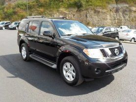Used 2011 Nissan Pathfinder LE in Louisville KY 40217 - 440236645