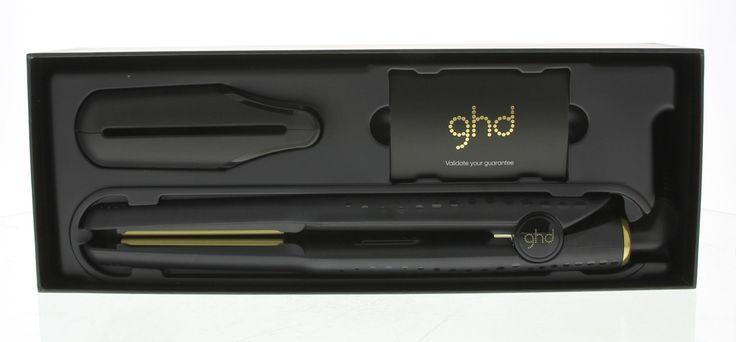 ghd V Gold Professional Styler Stijltang Mini 1Stuks  GHD V Gold Professional Styler Mini. Deze stijltang heeft een optimale temperatuur geavanceerde keramische warmte-technologie en contouraangevende platen wat er voor zorgt dat het haar glad glanzend en pluisvrij wordt. Bevat een hittebestendige tas om de stijltang te beschermen. De stijltang heeft een universeel voltage en gaat automatisch uit. De fijne platen zorgen voor een precieze styling.  EUR 189.00  Meer informatie
