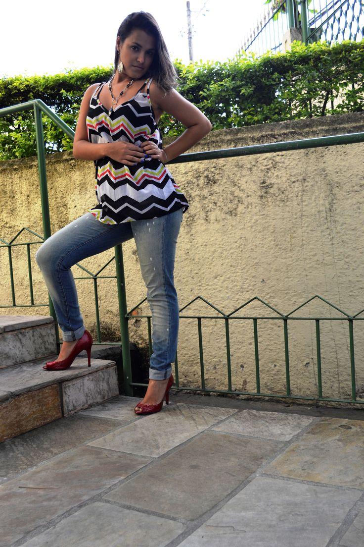 Blusa Crepe e Jeans Forum