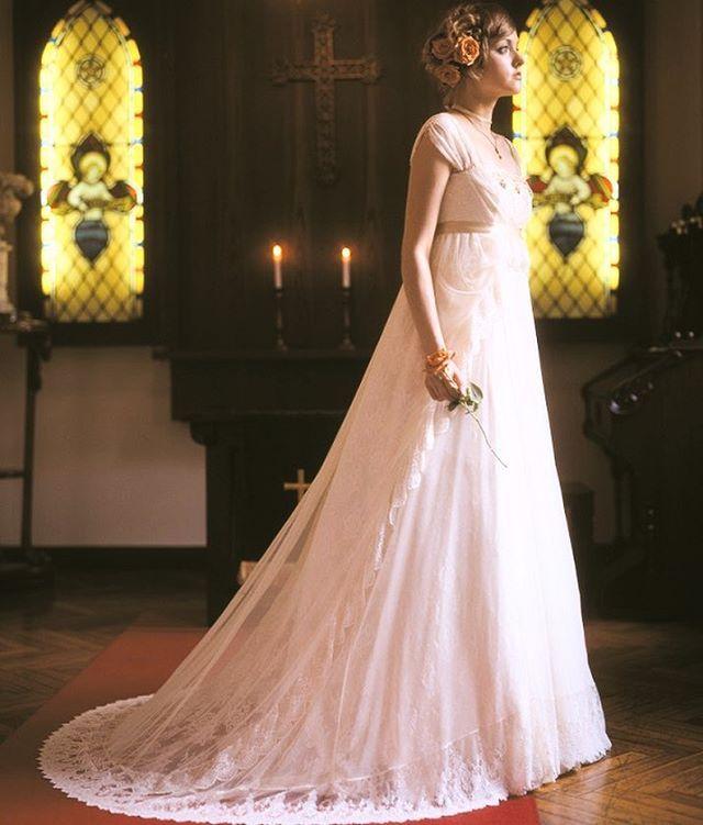 【kifujinドレス紹介】上質なレースが印象的な「Crystal Princess 」は、厳かな挙式シーンをより一層引き立てます♩  #weddingdress #ウェディングドレス #花嫁 #プレ花嫁 #ウェディング#アンティーク#結婚式  ドレスの詳細はこちらから☆ http://www.luseine.jp/ #tokyo #東京