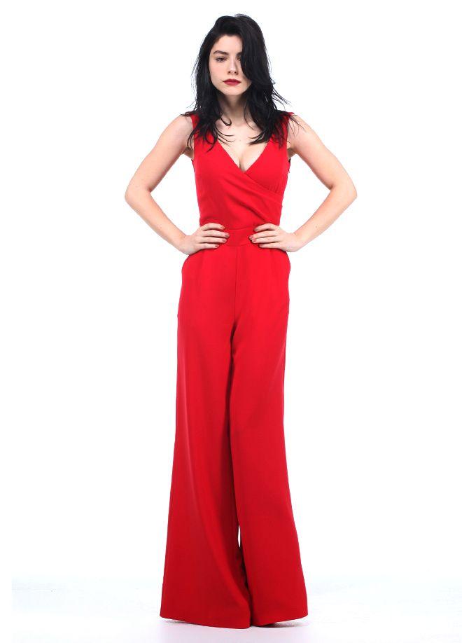 codentry & Merve BOLUĞUR Tulum Markafoni'de 199,90 TL yerine 149,99 TL! Satın almak için: http://www.markafoni.com/product/5073935/ #moda #mervebolugur #gothic #stil #siyah #trend #look #markafoni #fashion #celebrity #stylish #style #photoshoot