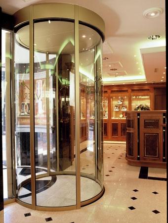 Project: Juwelier Veerman  Land:Nederland  Plaats:Huizen  Product:Circlelock  Segment:Juweliersbranche