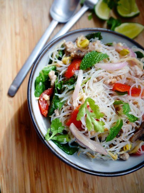Yum Woon Sen | Spicy Thai Glass Noodles Salad Recipe | ยำวุ้นเส้น  www.Thai-Foodie.com