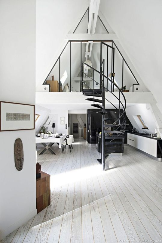 Lovely Home / finish attic