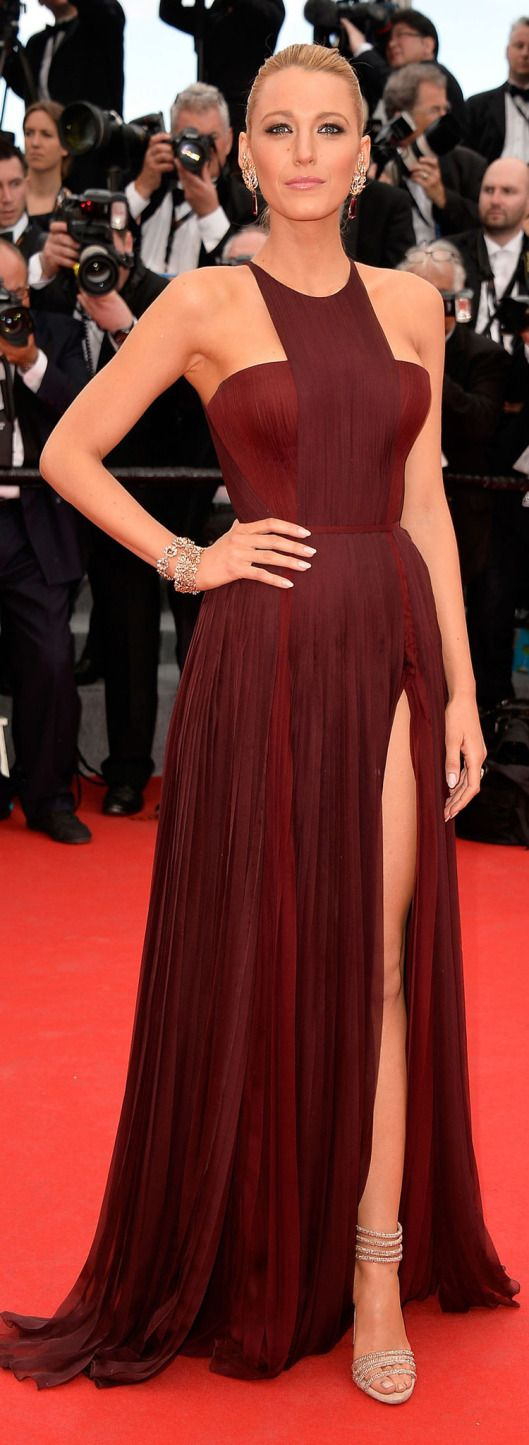 Red Carpet - The 67th Annual Film Festival Cannes 2014 - Blake Lively went with a form-fitting gown from Gucci Premiere in oxblood at 'Grace of Monaco' Premiere 14th May 2014