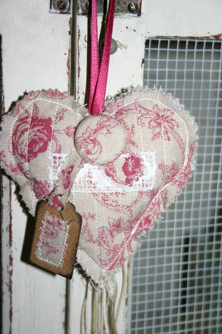 shabby chic lavender heart with handmade button and label