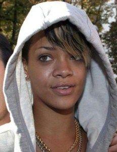 Rihanna no Makeup selfie VIsit  www.celebgalaxy.com  Celeb Galaxy Features Latest Celebrity News,Celebrity Photos,Celebrity Gossip,Celebrity fashion photos,Celebrity Party Pics,Celeb Families of your Favorite Super stars!