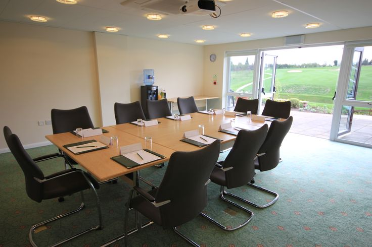 Our three conference rooms are perfect for smaller meetings, accommodating up to 35 delegates in each.