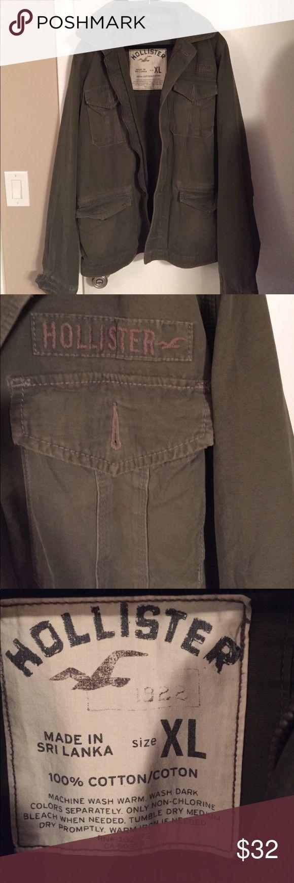 XL Hollister Jacket Hardly worn green jacket with 4 pockets and zipper closure Hollister Jackets & Coats