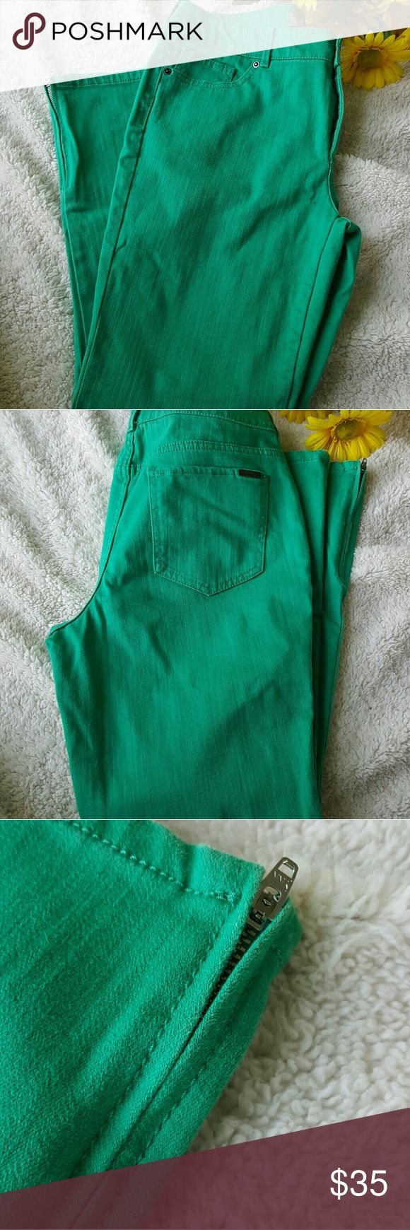 """Chico's so slimming green skinny jean So slimming by Chico's green skinny jeans with ankle zip. Chico's size 1 which is size 8. Flat lay 16 1/2"""" waist. 28"""" inseam. 9 1/2"""" rise. 74% cotton 12% polyester 12% rayon 2% spandex these jeans have stretch. Excellent condition. Chico's Jeans"""