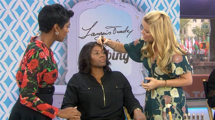 Younique on The Today Show! This celebrity makeup artist suggests strobing with Splurge Cream Shadow.