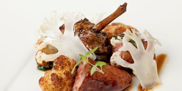 This exquisite tamarind duck recipe is a brilliant contribution by Steve Drake. The duck is flavoured with the sweet and sour tastes of tamarind, along with cauliflower
