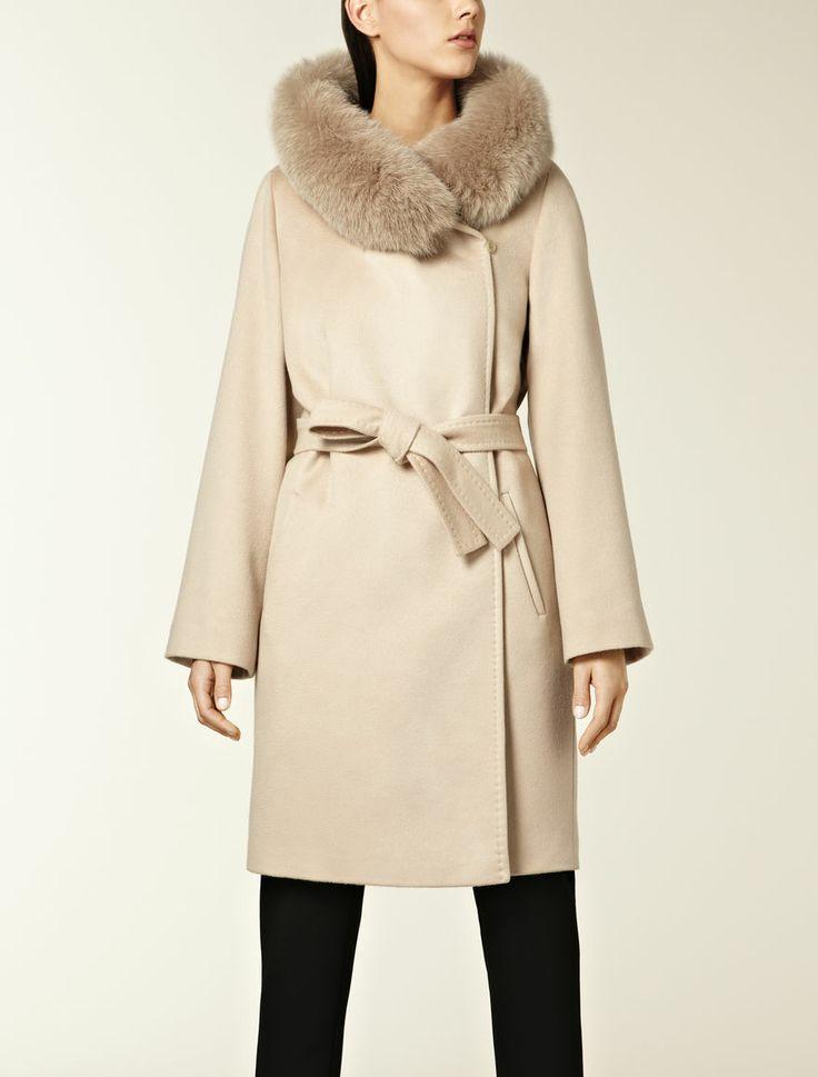 MaxMara Pure cashmere coat €1,675.00€1,424.00