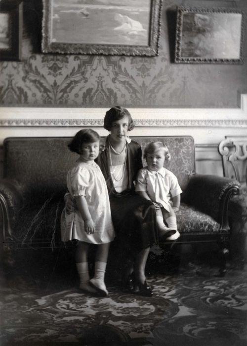 Princess Charlotte of Monaco with her children, Rainier and Antoinette.