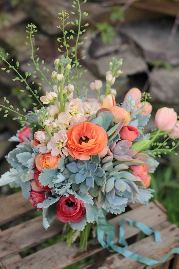Love n Fresh Flowers - Love n Fresh Flowers. I like the turquoise pieces...tough to find flowers in the blue family