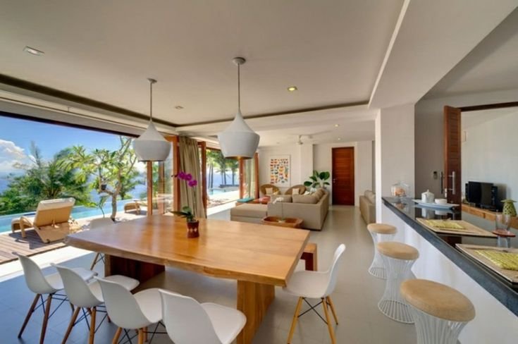 Cocina equipada en lujosa villa en alquiler