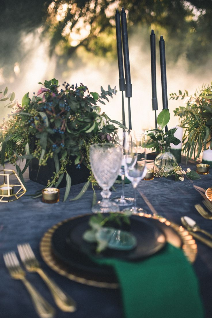 Emerald wedding decor ideas   best Weddings Emerald City images on Pinterest