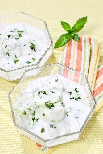 Салат с огурцом и мятой