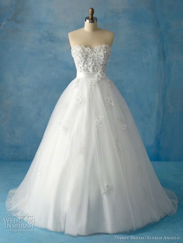 Wedding dresses inspired by Disney Princesses... what more could you want from life? @Moriah Moreno