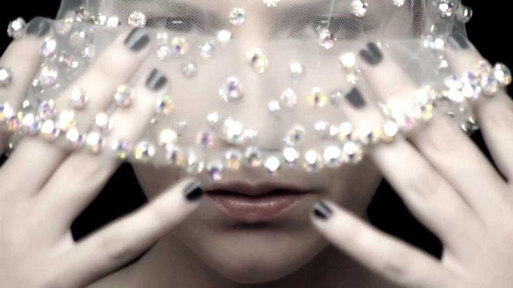 Laura Pausini - Limpido with Kylie Minogue (Videoclip)