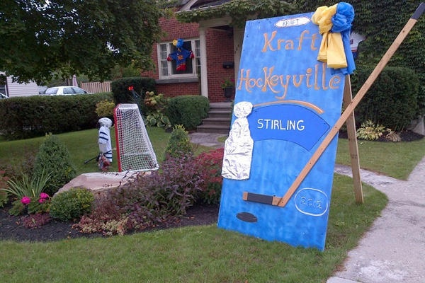 Another home in Stirling-Rawdon, Ont, decked out to celebrate Kraft Hockeyville and the Stanley Cup!