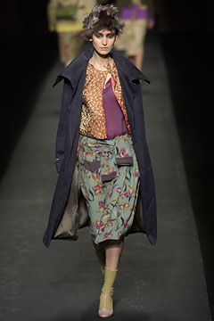 Dries Van Noten Fall 2003 Ready-to-Wear Collection on Style.com: Complete Collection