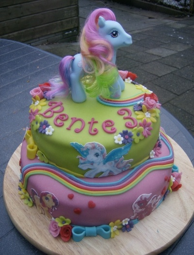 My little pony Cake By Natasja147 on CakeCentral.com