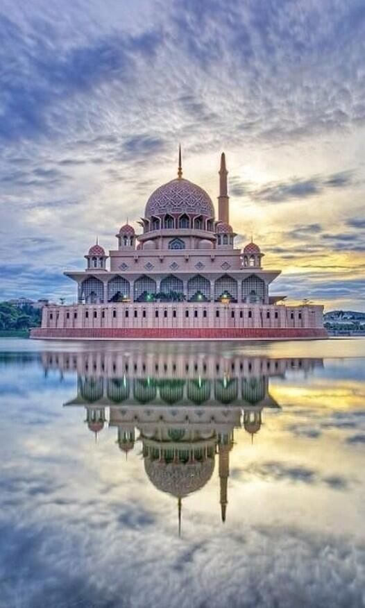 Architecture//Putra Mosque, Malaysia. This has a very detailed structure and the colours compliment each other really well