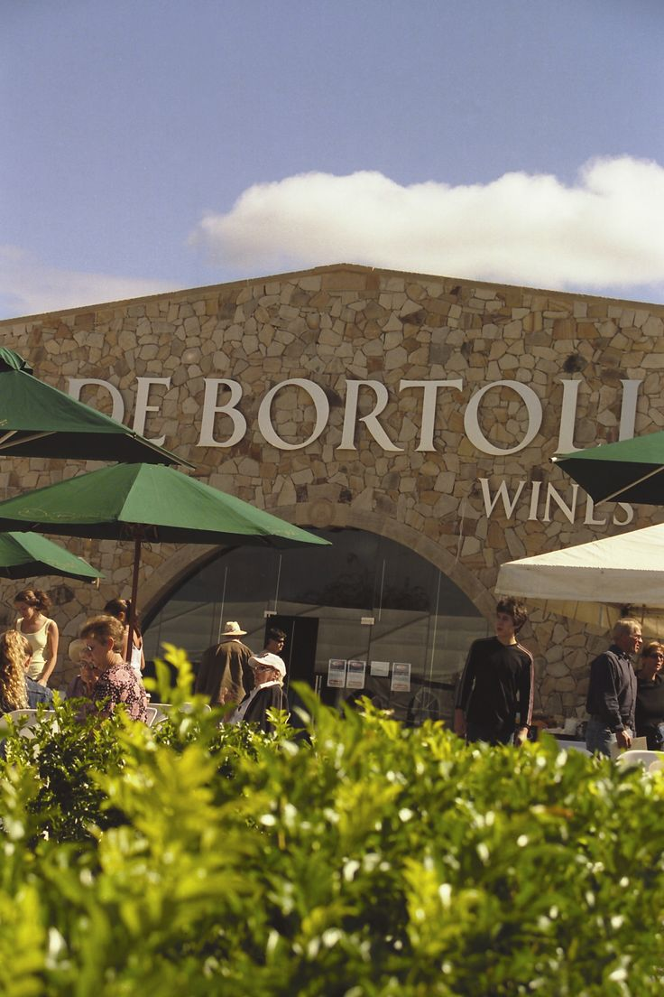 De Bortoli Wines Hunter Valley Cellar Door. http://www.debortoli.com.au/cellar-doors/hunter-valley.html