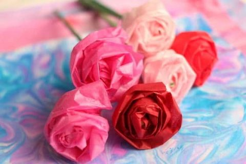 How To Make A Tissue Paper Rose Tissue Paper Roses Paper Roses