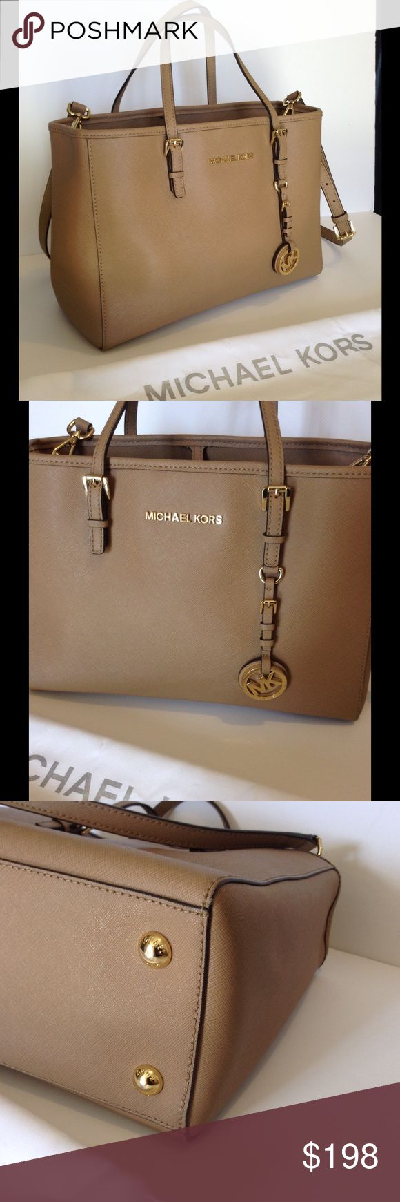 Michael Kors Jet Set East/Coast Tote Bag Lightly used! Exclusive Michael Kors Medium Tote Bag in Tan with the longer strap for shoulder or crossbody wear. Gold toned hardware. Genuine Saffiano Leather. 💯 Authentic. Michael Kors Bags