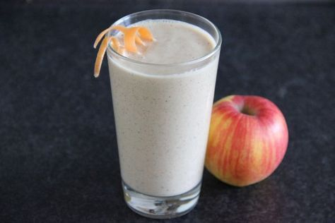 Fotorecept: Jablkovo-mrkvový smoothie s ovsenými vločkami | Dobruchut.sk