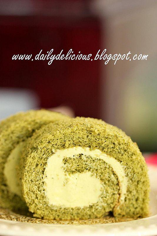 抹茶ロールケーキ: Greentea roll cake