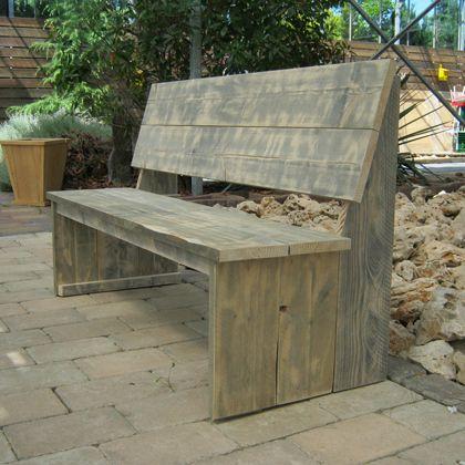Steigerhout bank 'Varel', geschikt voor tuin en terras. Een bank waar je veel plezier van zult hebben! www.rustikal.nl
