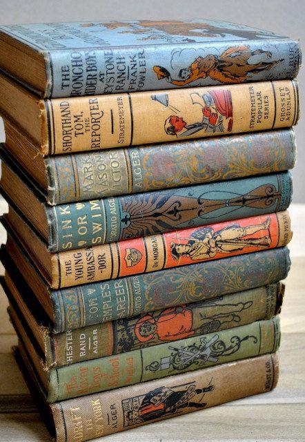 Antique Children's Books di Little Dog Vintage su Easy. Set of nine beautiful…