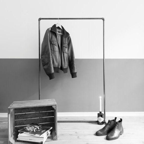 die besten 25 freistehender kleiderschrank ideen auf pinterest industrielle schrank. Black Bedroom Furniture Sets. Home Design Ideas