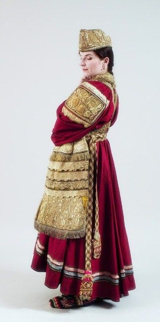 Festive attire of a peasant girl. Old believers from Voronezh Province, Russia. Early 20th century.