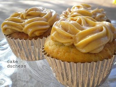 Banana Cupcakes with Peanut Butter Frosting - Cake Duchess — Cake Duchess