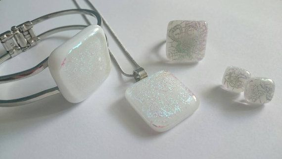 Check out this item in my Etsy shop https://www.etsy.com/listing/465480234/elegant-white-sparkle-glass-jewelry-set