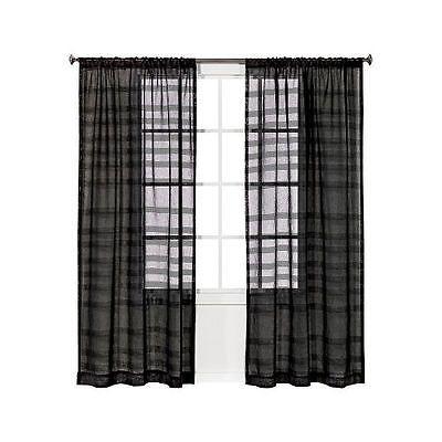 Curtains Ideas black sheer curtain : 1000+ ideeën over Black Sheer Curtains op Pinterest - Gotische ...