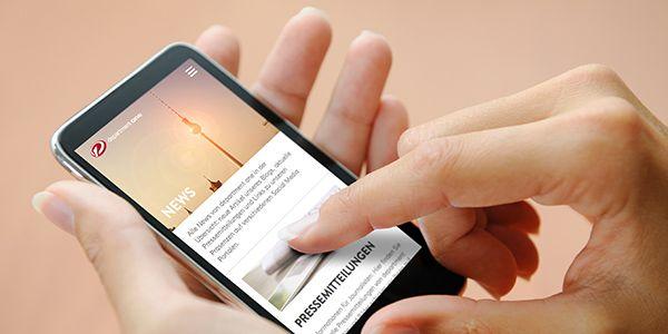 Wir haben den wunderbaren Sommer zu einem #Relaunch unserer #Website genutzt, einen #Blog eingeführt und unsere #SocialMedia-Aktivitäten ausgeweitet. Mit der Überarbeitung unserer Website sind wir auf ein responsives Design (#RWD) umgestiegen, damit Sie unsere Themen auf einem mobilen Gerät genauso gut lesen können, wie auf dem Desktop. Bild: © 4FR – istockphoto.com