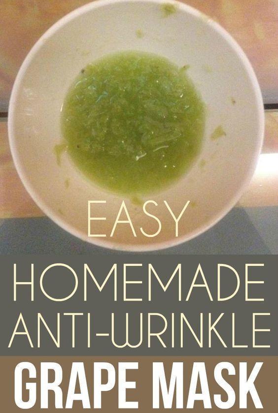Easy homemade anti-wrinkle grape mask. #homemadewrinklecreamsbeauty #AntiAgingCreamsBest