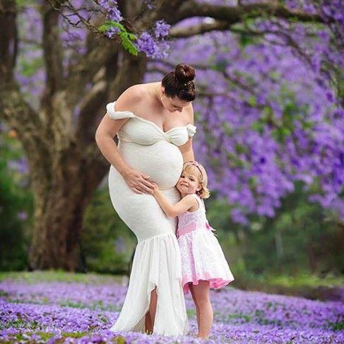 #pregnancy #maternity #photography #session #ideas #pose #posing #family #photo #shoot #portrait