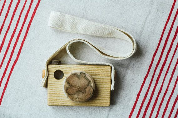 Wooden Toy Camera /Handmade Wooden Toy/ Rustic Toy/ by MamumaBird