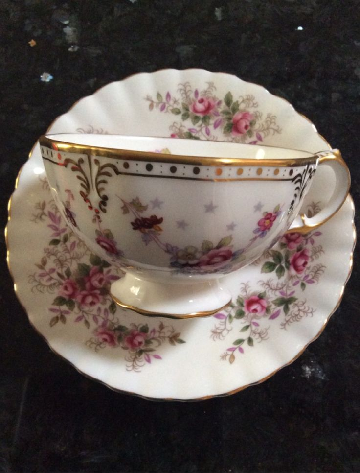 Motheru0027s Collection - Royal Crown Derby - English Bone China & 403 best ROYAL CROWN DERBY I LOVE images on Pinterest | Royal crown ...