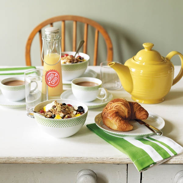 Dining> Tableware   Buy Jamie Oliver's My Big Yellow Teapot   Brightly coloured tea time favourite   Shop at a Jamie at Home party or online