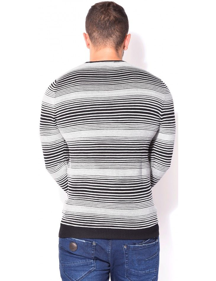 Photo of Johnny H jumper with stripes / 16336